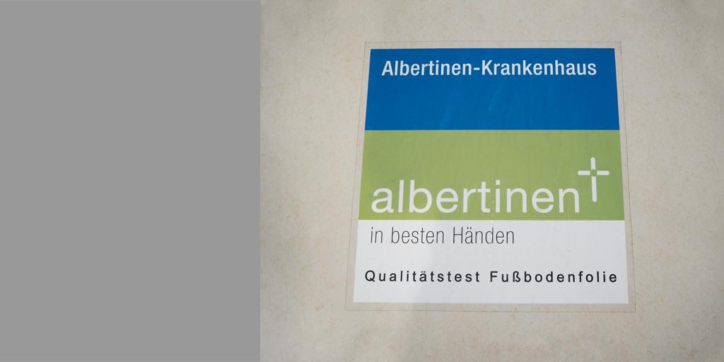 Testlauf einer Fußbodenfolie im Albertinen Krankenhaus Hamburg
