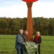 Eröffnung des Scheuerpfahls geschaffen von der Künstlerin Renate Ruck