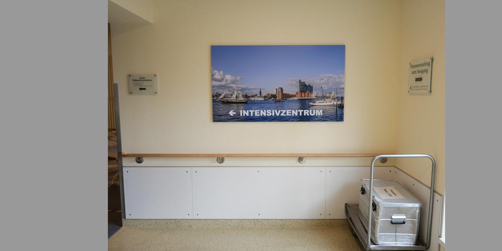 Asklepios Altona - Intensivzentrum - Wand mit Fotodruck