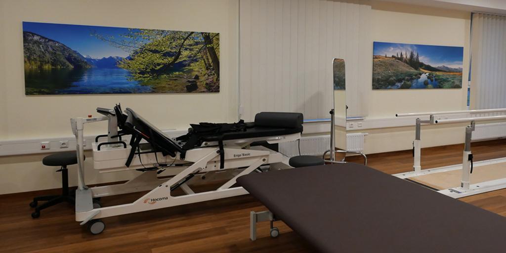 2 Fotodrucke im Trainingsraum Asklepios Klinik Nord
