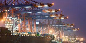 Hafen Hamburg - Schiffe und Terminals