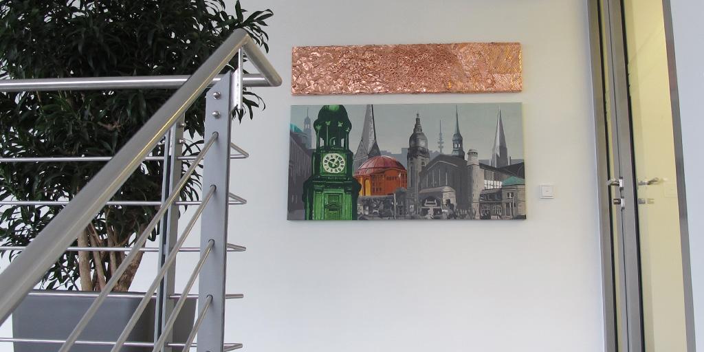 Assemblage von Meike Kohls mit Hamburger Kirchtürmen