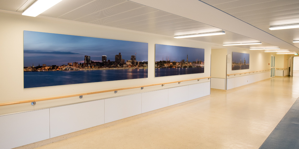 Panoramafoto in einem Krankenhausflur