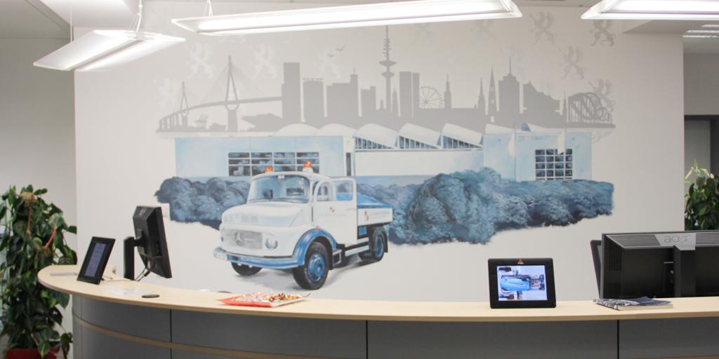 Wandmalerei von Uwe Fehrmann für Eingangsbereich
