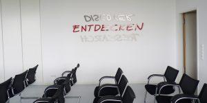 Wortkunst Entdecken von Rupprecht Matthies in einem Seminarraum