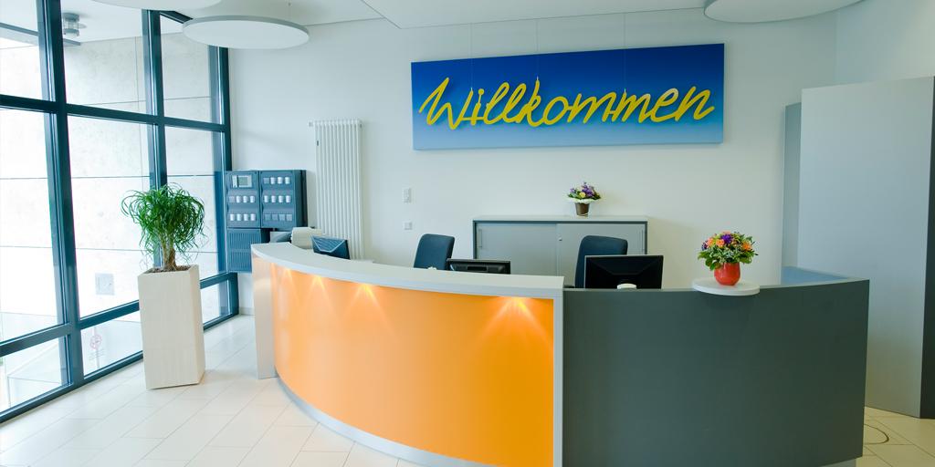 Wortkunst - Projekt ILS Hamburg - Künstler Rupprecht Matthies - Willkommen - Eingangsbereich